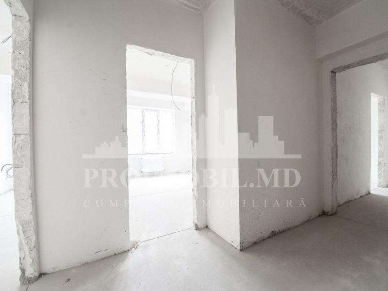 Vand  apartament cu 3 camere Chisinau, Rascani, A. DOGA 77m2