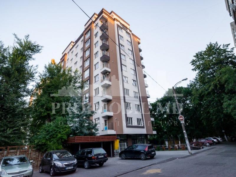 Se vinde apartament cu 2 camere in sectorul Rascani bd. Moscova sup. 51m2