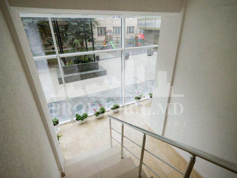 Se vinde apartament cu 2 camere in sectorul Rascani str.Alecu Russo sup. 43m2
