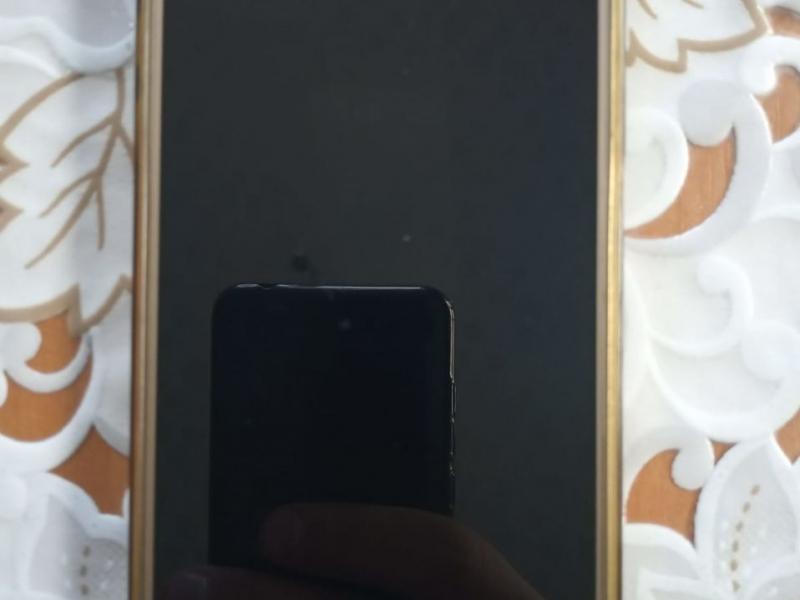 Urgent ! Vând Samsung Galaxy J5 în stare foarte bună.