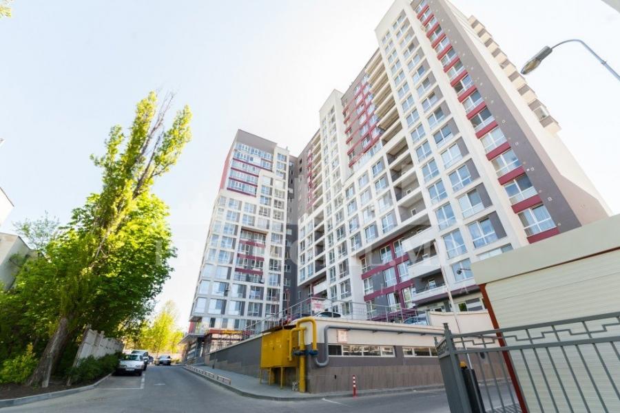 Apartament cu 2 camere Rascani str. Florilor  67m2