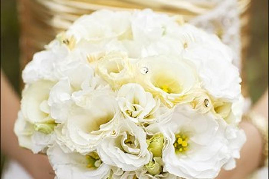 Свадебные композиции из эустомы